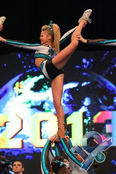 The 2013 Cheerleading Worlds Cheer Extreme Small Senior X #cheerleader #cheer #cheerleading