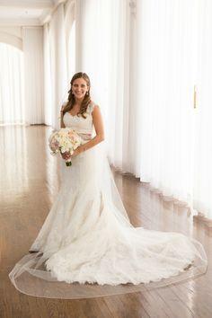 Photography: Melissa Robotti Photography - melissarobotti.com  Read More: http://www.stylemepretty.com/new-england-weddings/2014/04/03/classic-spring-wedding-in-newport/