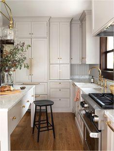 Diy Kitchen, Kitchen Interior, Kitchen Decor, Kitchen Ideas, Kitchen Designs, Coastal Interior, Eclectic Kitchen, Kitchen Counters, Rustic Kitchen
