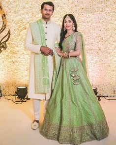 Indian Wedding Gowns, Indian Bridal Lehenga, Indian Bridal Outfits, Indian Gowns Dresses, Indian Bridal Fashion, Wedding Lehanga, Engagement Dress For Bride, Couple Wedding Dress, Engagement Outfits