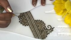 Beautiful henna by Sabrina Watch more henna video by visit button Henna Flower Designs, Khafif Mehndi Design, Indian Henna Designs, Finger Henna Designs, Henna Art Designs, Mehndi Designs For Beginners, Mehndi Designs 2018, Modern Mehndi Designs, Mehndi Designs For Fingers