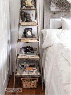 Criado mudo com escada cavalete.