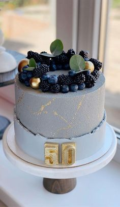 Birthday Cake For Father, Blue Birthday Cakes, Elegant Birthday Cakes, Birthday Cakes For Women, Cakes For Fathers Day, Buttercream Birthday Cake, 16th Birthday, Birthday Ideas, Pretty Cakes