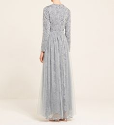 Discover a wide range of modest dresses for all occasions. From maxi dresses to embellished gowns, we have something to suit you. Casual Summer Dresses, Modest Dresses, Trendy Dresses, Nice Dresses, Prom Dresses, Hijab Style Dress, Casual Hijab Outfit, Dress Outfits, Kebaya Modern Dress