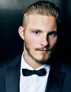 Image in Alexander Ludwig collection by orangelikethesunsetx Alexander Ludwig Vikings, Bad Boys, Jonny Weston, Canadian Men, Actor Model, Famous Faces, Poses, Cute Guys, Sexy Men