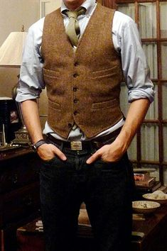 Vest and jeans do.