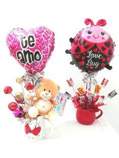 Valentines Day Baskets, Valentine Gifts For Kids, Valentine Crafts, Candy Bouquet, Balloon Bouquet, Love Wallpaper Backgrounds, Boyfriend Crafts, Candy Crafts, Valentine's Day Diy