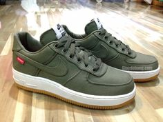 Nike Air Force 1 x Supreme