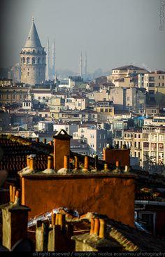 les matins d'Istanbul me font rappeler la douceur de la brise et les petits déjeuner aérés : ce fut un temps !!