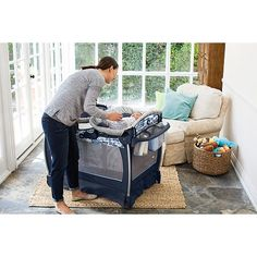 """Graco Pack 'n Play Playard With Nearby Napper Seat (Portable Rocker) & Changing Table - Tessa - Babies""""R""""Us"""
