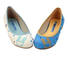 Marshmallow Embossing Ballet Flats. I have the blue ones.