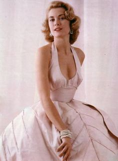 Old Hollywood -Grace Kelly Glamour Hollywoodien, Old Hollywood Glamour, Vintage Glamour, Vintage Hollywood, Vintage Beauty, Vintage Fashion, Classic Hollywood, Moda Grace Kelly, Grace Kelly Style