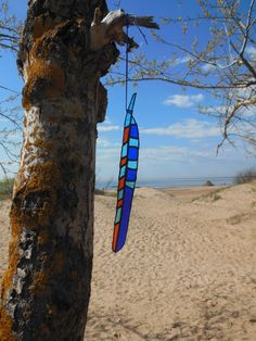 Glass suncatcher Feather Coloured hoopoe long blue by caracoja