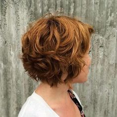 60 Layered Bob Styles: Modern Haircuts with Layers for Any Occasion - - Short Chestnut Brown Curly Hair Layered Bob Short, Haircuts For Wavy Hair, Short Layered Haircuts, Layered Bob Hairstyles, Short Hair With Layers, Modern Haircuts, Short Hair Cuts, Natural Wavy Hairstyles, Funky Hairstyles