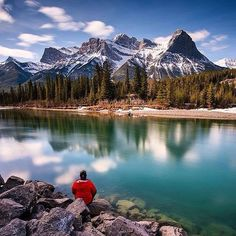 Hotels-live.com/cartes-virtuelles #MGWV #F4F #RT   SUBLIME WILDERNESS Feature   Credit: @erikmcr Location: Canmore Alberta Canada Please take time to visit this artist's amazing gallery  Follow and tag #sublimewilderness  Also include the location of the picture by sublimewilderness https://www.instagram.com/p/BDrAB9cC3L3/