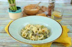 Zöldspárgás, krémsajtos pasta