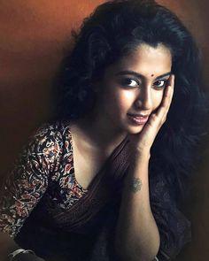 Cute Girl Image, Girls Image, Beautiful Girl Indian, Beautiful Women, Beautiful Saree, Woman Face, Girl Face, Biker Girl, South Indian Actress
