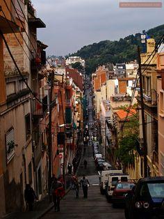 On the street to Park Güell, Barcelona