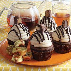 Chocolate Cupcake Recipes MyRecipes, peanut butter cup cupcakes, Chocolate Peanut Butter Cupcakes Your Cup of Cak. Peanut Butter Cup Cupcakes Recipe, Yummy Cupcakes, Cupcake Recipes, Cupcake Cakes, Dessert Recipes, Cup Cakes, Baking Cupcakes, Cupcake Ideas, Chocolate Treats