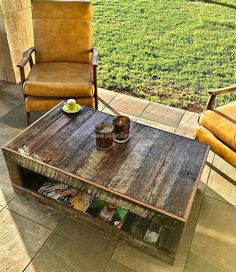 recycled wood pallet patio coffee table