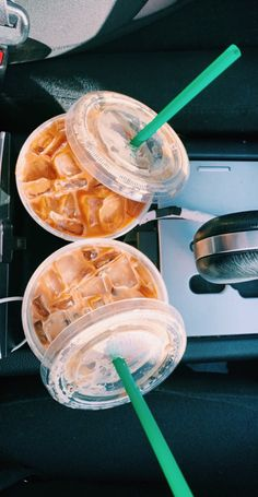 See more of fatmoodz's content on VSCO. Bebidas Do Starbucks, Starbucks Drinks, Starbucks Coffee, Coffee Drinks, Iced Coffee, Aesthetic Coffee, Aesthetic Food, But First Coffee, Coffee Love