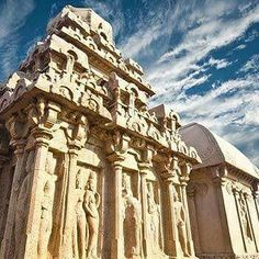Unknown facts about Mamallapuram / Mahabalipuram  Known as one of the most unexplained mysteries in science, Mamallapuram / Mahabalipuram is a UNESCO World Heritage Site in Chennai that shall leave you stunned. Know the hidden facts about it here!  #travel #trip #tour #India #summer #summerbreak #UnknownFacts #yolo #usa #college #students #losangeles #UCLAUniversityofSouthernCalifornia #Chennai #Mamallapuram #Mahabalipuram #SouthIndia #UNESCO #WorldListedSites