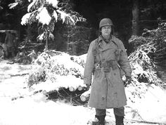 508th Parachute Infantry Regiment (covered in snow)