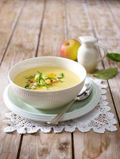 Low-Carb-fuer-Anfaenger-Blumenkohl-Curry-Suppe Mit einer kohlenhydratarmen Ernährung 5 Kilo abnehmen  Schluss mit Naschlust, hallo, Traumfigur - mit unserem 7-Tages-Plan lernen Anfänger Low Carb stressfrei kennen. Wir wissen, worauf es bei Low Carb ankommt.