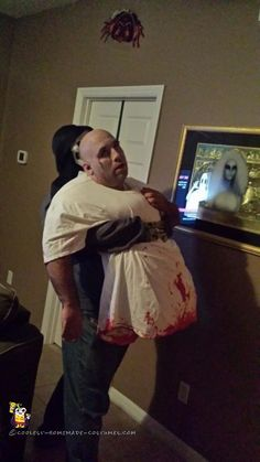 Awesome Optical Illusion Zombie Halloween Costume - 1