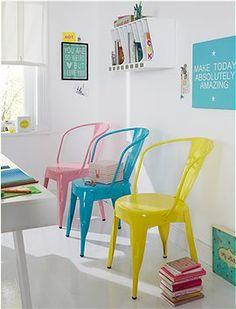 Metallstuhl Super Metallstühle im Industrie Design. Die bunten Farben machen sofort gute Laune. CAR MÖBEL