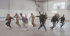 "Music Video: Jungle ""Busy Earnin"""