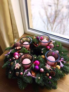Christmas Candle Holders, Christmas Candles, Rustic Christmas, Christmas Home, Christmas Advent Wreath, Christmas Decorations For The Home, Christmas Projects, Advent Candles, Xmax