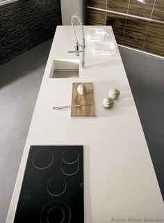 #Kitchen Idea of the Day: Long kitchen island.