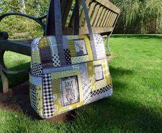 how to of the quilted weekender bag, looks like an interesting next pattern! Elizabeth Hartman reworking Amy Butler's weekender Bag pattern