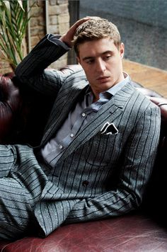 MAX IRONS IN L'OPTIMUM SHOOT BY MASSIMO PAMPARANA...-so much more handsome than his dad, Sorry Jeremy.