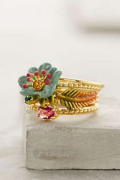 Sous-Bois Stacking Rings