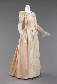 Victorian Solstice www.victoriansolstice.it, Peaches and cream hued silk tea gown, 1885....