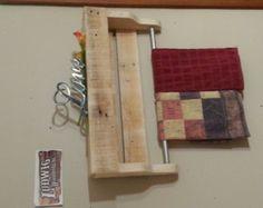 Rustic pallet coat rack / reclaimed wood towel by HankyPlanky
