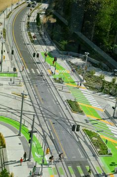 Wow: This is what transit-agency-funded bike lanes can look like Architecture Design, Futuristic Architecture, Landscape Architecture, Landscape Design, Park Landscape, Architecture Diagrams, Architecture Portfolio, Urban Design Concept, Formation Continue