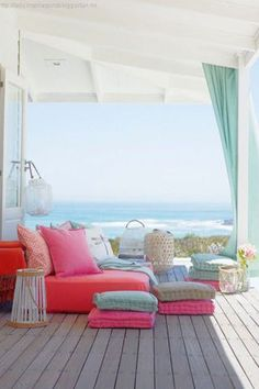 25 summer home decor ideas to try at your beach house or to simply give your interior a warm-weather makeover.