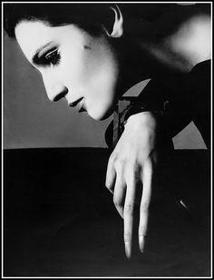 Benedetta Barzini, photo by Richard Avedon, Vogue, 1968
