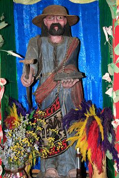 """Maximon doll of GUATEMALA. Maximon is actually a pre-Columbian Mayan god of the underworld. """"the saint of gamblers and drunkards."""" He brings wealth and worldly success to those who venerate him."""