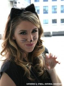 Easy-to-do Cat Costume  sc 1 st  Pinterest & 9 Different Cat Halloween Costumes That Arenu0027t Basic | Halloween ...