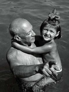 Pablo Picasso with his daughter Paloma