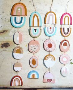 Bunting idea, - Basteln Mit Beton Tisch M- Diy Clay, Clay Crafts, Arts And Crafts, Bunting, Accessoires Kayak, Diy Pour Enfants, Clay Ornaments, Air Dry Clay, Clay Projects