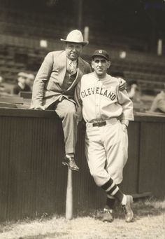 Max Rosenblum and Cleveland Indians manager Roger Peckinpaugh at League Park, 1929