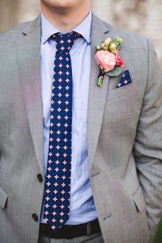 Navy blue & orange tie, preppy pattern, gray suit, groom style, pocket square, berry boutonniere, blue button-down // Izzy Hudgins Photography