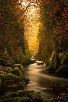 Fairy Glen George, River Conwy.. La cañada de hadas Gorge en el río Conwy, Betws-y-Coed, el Parque Nacional de Snowdonia, Gales del Norte, Reino Unido