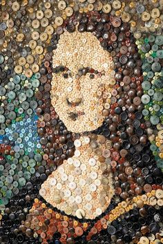November 16 is National #Button Day! :) #MonaLisa #smile