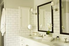 White Subway Tile with Grey Grout | subway tile bathroom. white with gray grout | 2UGS Bathrooms
